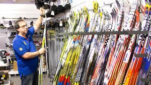 42e177099cf Mikael Majstorovic på Intersport tror inte att Avesta kommer stå utan  sportbutik i framtiden.