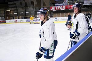Sundsvall Hockeys finska toppspelare Janne Laakkonen och Eetu Qvist  levererade – men det räckte inte i d66eb85b14bd4