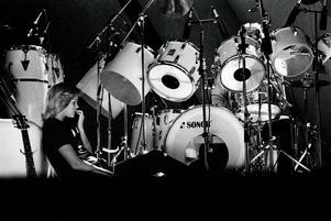 När Abba spelade på Wembley i London 1979 hade Björn Ulvaeus och Agnetha Fältskog skiljt sig. Inför konserterna hände det att hon slog sig ned framför Ola Brunkerts trummor.
