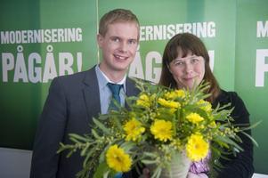 Nya rör skall väljas. Gustav Fridolin och Åsa Romson är valberedningens kandidater till nya språkrör för Miljöpartiet. foto: scanpix