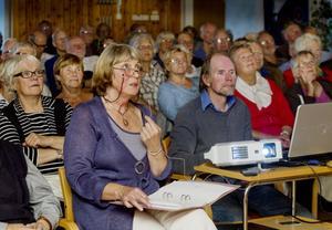 Hudiksvalls berättarkvällar lockar ofta storpublik. I måndags berättade Kerstin Englund om musiklivet i Hudiksvall från 30- fram till 50-talet.