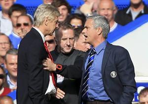 Upprörda känslor mellan Arsenals Arsene Wenger och Chelseas José Mourinho.