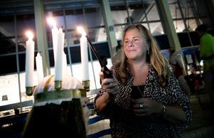 Mamma Marie Nilsson får tända ljusen på årets Lucia - dottern Madelene Nilsson