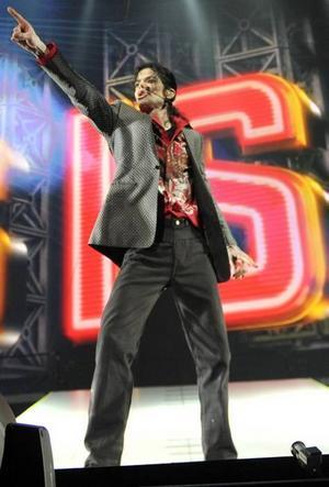 Nu på film. Michael Jackson repeterade in i det sista. Regissören Kenny Ortega bekräftar att popstjärnan var mager, men att han annars verkade vara på gott humör.