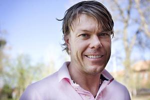 Mathias Fredriksson är den som ligger bakom de tuffa sprintbanorna i Östersund.