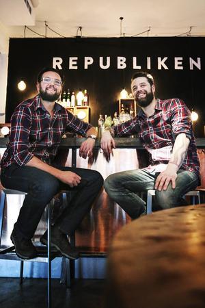 Patrik Forsman och Tobias Fransson på Republiken bar och kök.