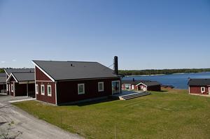 Bostäderna i Tomta har byggts i ett område där det tidigare låg ett sågverk.