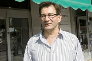 Thalis Katsarás, 53, Ljusdal– Jag bryr mig om min frisyr men inte överdrivet.