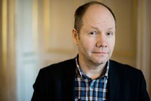Peter Englund dök ner i minnesbrunnen och lät bli att censurera sina fynd.