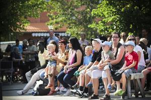 Många besökare hoppas på mer livemusik och andra uppträdanden i framtiden.