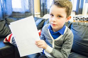 Roman är sju år och går första klass på Markusskolan i Avesta. För några veckor sedan skickade han ett brev till statsministern. Nu har han får svar från Stefan Löfven.
