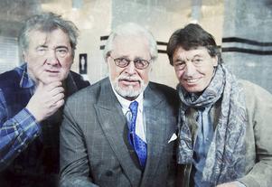 Göran Forsmark, Ulf Brunnberg och Johannes Brost ger komedi i Tällberg i november.