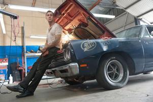 """Ryan Gosling spelar Driver i Nicolas Winding Refns film """"Drive"""". """"Han är hälften människa, hälften maskin"""", säger Winding Refn."""