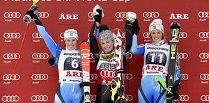 Sveriges Maria Pietilä Holmner, tvåa, Mikaela Shiffrin, USA, vinnare och Anna Swenn Larsson, Sverige, trean i damernas slalom i världscupen i Åre.