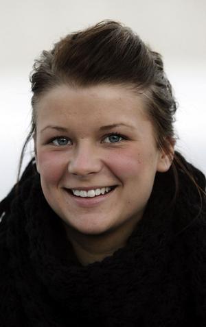 Jessica Schölander, 16, studerande, GranloholmJa det tycker jag. Jag har inte följt det, men jag tycker om honom som människa.