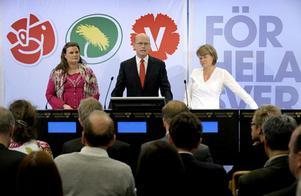 Mikaela Valtersson (MP), Thomas Östros (S) och Ulla Andersson (V), oppositionens ekonomiskpolitiska talespersoner, presenterade på måndagen de rödgrönas budgetmotion.