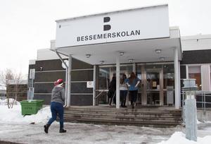 Bessemerskolans bibliotek invigdes på fredagen.