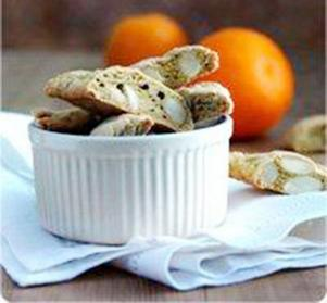 Mandelskorpor med apelsin heter Cantuccini på italienska.Foto: Peter Kam