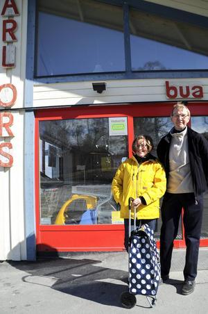 Karin och Tony Ruster spenderar påsken i Hallen där de handlar på Ica för festlig och inspirerande mat.