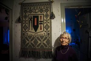 Lilly Lindman, Östersund, växte upp i Valmåsen. Hon kan än i dag inte prata om sin hemby utan att bli ledsen.   – Men tiden gör ju att man kommer över det på något sätt, säger hon i dag.