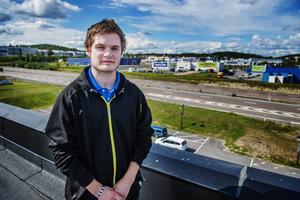 Mathias Andersson lägger ner Minecraftservern efter sex år. Nu flyttar han till ett annat län för jobbets skull.