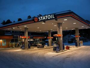 Två gånger på mindre än en månad utsattes Statoil för rån.