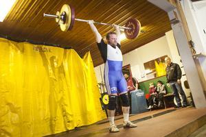 Magnus Jägrup, Bergsjö, stod för en jätteprestation med sina 113 kilo i stöt.