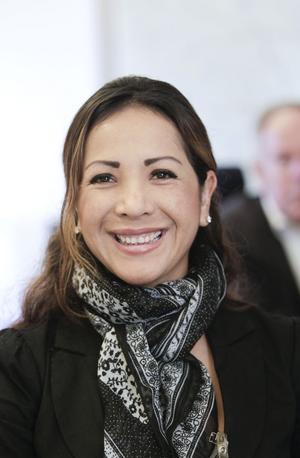 Kattia Hansson från Sandviken har peruanskt påbrå. Hon är fortfarande i matchningsprocessen.– Jag har ekonomiutbildning, har jobbat som lärare i spanska och engelska. Nu är jag socialpsykolog och har jobbat med flera internationella företag i Peru.