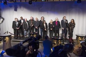 Monica Dominique, här kantad av Siw Malmkvist och Owe Thörnqvist, valdes in i Swedish Music Hall of Fame vid en ceremoni i Stockholm i förrgår.Foto: Love Strandell