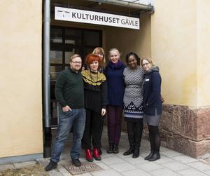 De arrangerar pridefestival i Gävle i augusti, Andreas Jonsson, Linnéa Manzanares, Erika Wennerström, Annika Forsberg, Naome Ruzindana och Emelie Lundin.