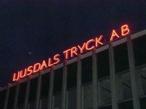 I 42 år har skylten på Hantverkshusets tak blinkat och sänt sitt budskap.
