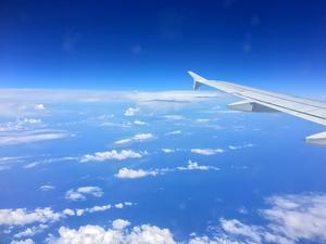 Fyra timmar på ett flyg mellan Sundsvall och ön Kreta - nu startar äventyret.