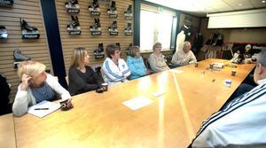 Den lokala fackklubben Unionens sista möte på Jofa. Medlemmarna Viveka Olsson, Ulrika Blom, Ann-Kristin Johnsson, Marita Johansson, ordföranden Karin Gustafsson och Leif Skottheim.