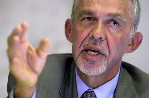 Regeringens utredare Gerhard Larsson får trots allt medhåll från Hudiksvallspolitikern Tommy Ljung i mycket av sin kritik.