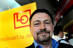 Per Bardh, avtalssekreterare på LO, ställer krav på Fora.