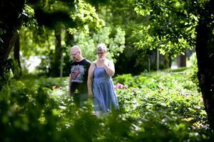 Anders och Susanne Sjöberg, Gävlebor på spaning efter fina växter på Sture Järpemos plantskola.
