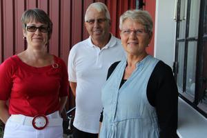 Biträdande föreståndare Britt-Marie Strömberg, ordförande Ulf Odenmyr och föreståndare Hillevi Edeborg för Erikshjälpen i Edsbyn hoppas många kommer till Erikshjälpen i Edsbyn på lördag den 27 augusti.