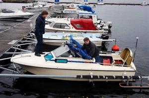 Ronny Bergh och Kenneth Johannson tillbringar sin fritid till att utforska Storsjöns botten. Hittills har de hunnit med Vallsundet, Rödösundet och delar av Sannsundet.