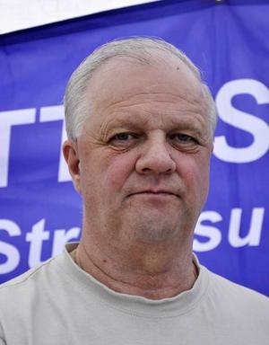 Den rättvise demokraten Göran Edman kräver ansvar för Backe sjukhus.