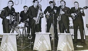 Ådalskanonerna år 1966. Från vänster; Stieg Ericson, Ulf Holmsten, Weiner Erlander, Bert Holmsten, Bengt Sjölund och Rune Strandberg.
