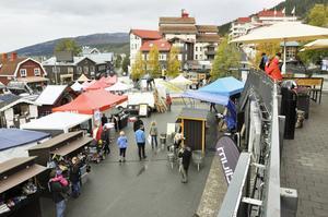 Åre torg fylls av Höstmarknaden under helgen.