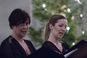 Duetterna är mycket samstämmiga mellan Ann-Marie Backlund och Tove Nilsson.