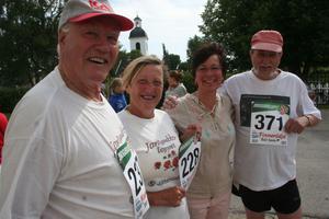 Gladast bland glada var Egon Bohlin, Elvy Brant, Britt Forsströmsson, Kjell Lindberg.
