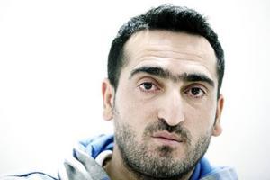 Mehmet Cakici återfördes till Cypern enligt Dublinförordningen. Hans sjuka barn lever gömda i Sverige.