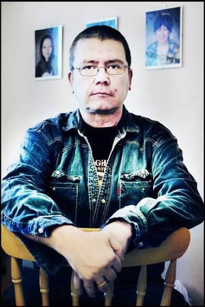 Utförsäkrad. I och med utförsäkringen stod Ilkka Konttaniemi helt utan försörjning för sig och sina barn.
