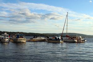 Några av alla de båtar som hade samlats för att visa sitt missnöje över situationen.