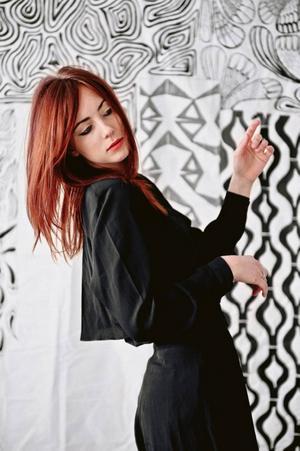 Hanna Turi uppträder i Gläntan.