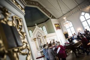 I helgen övade körerna i Gåxsjö kyrka.