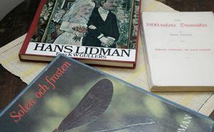 Hans Lidman skrev sammanlagt närmare 60 böcker i olika genrer.