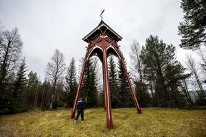 Otaliga gånger har Doris Berglund skött klockringningen i Öfra Kapell.